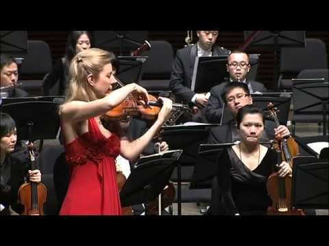 Elizabeth Pitcairn Mendelssohn in China