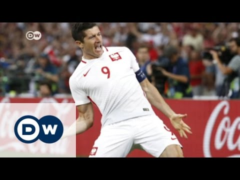 Portugal takes Poland in penalty shootout | DW News