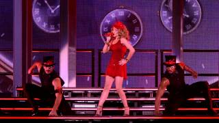 Клип Kylie Minogue - Timebomb (live)
