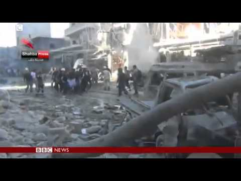 Syria conflict  Deadly air strike on Aleppo market