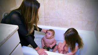 How to Safely Give Your Baby a Bath