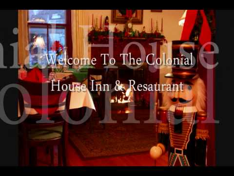Colonial House Inn Christmas.wmv