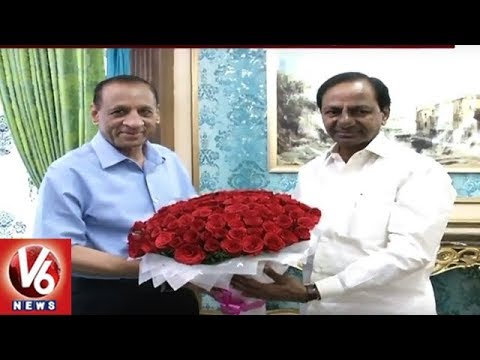 "CM KCR Meets ESL Narasimhan, Invites To Launch ""Kanti Velugu"" Scheme In State 