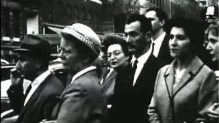Manifestation Algérienne contre les essais nucléaires à Reggane et pour l'indépendance à NEW YORK