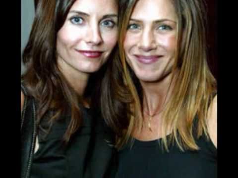 Jennifer Aniston And Courteney Cox Kiss. Jennifer Aniston and Courteney Cox. Jennifer Aniston and Courteney Cox. 4:50. I think their friendship is beautiful and I love how they have been friends