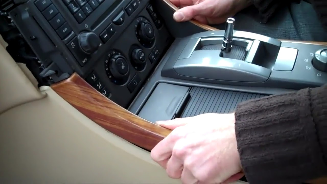 how to remove centre console on range rover sport 2005