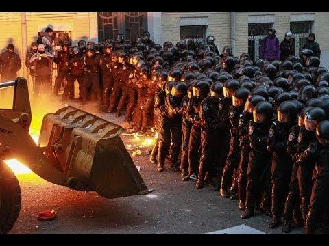 Машины революции: от Автомайдана до гаража Януковича