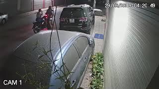 Ăn trộm gương và la răng ô tô Fortuner tại Hà Nội - Cam1
