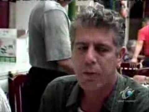 Anthony Bourdain eats Roast Duck in China