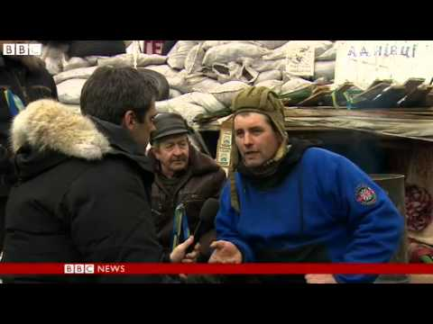 BBC News   Russia cuts Ukraine gas price by a third