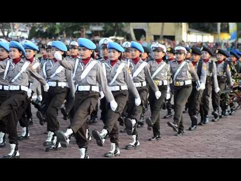 Aksi Memukau Polisi Cilik Polres Dompu Polda NTB dalam memeriahkan HUT Kemerdekan RI ke - 72