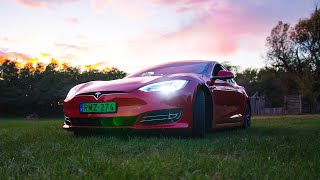 Tesla Model S Long Range: TheVR Tech teszt