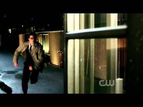 Smallville: Booster (Clark Changes In Phone Booth)