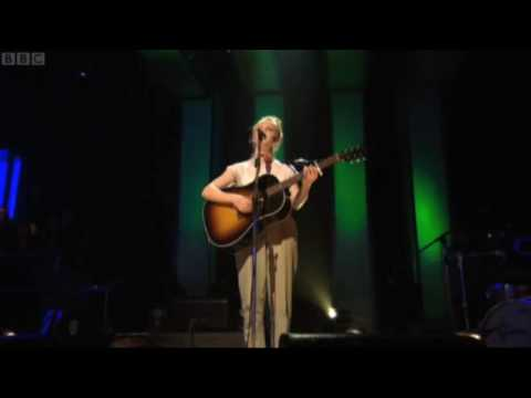 Laura Marling - Goodbye England (Coverd in Snow) on Later With Jools Holland