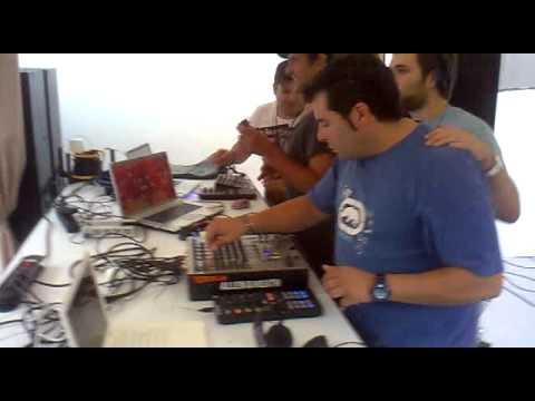 txeff-on, ibailo, ekai lekort and charles ramirez@ txitxarro terrace (2012 second floor closing)
