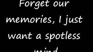Watch Tynisha Keli Spotless Mind video