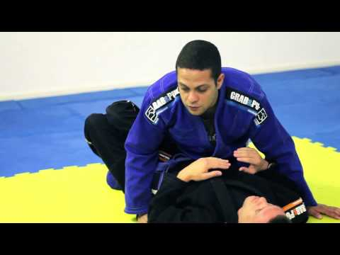 BJJ Lesson 04 - Side Control Basics - Brighton Brazilian Jiu Jitsu - www.bbjj.co.uk Image 1