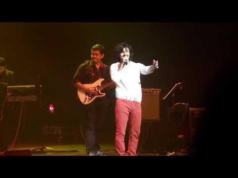 Suraj Hua Maddham - Sonu Nigam Live Singing Performance