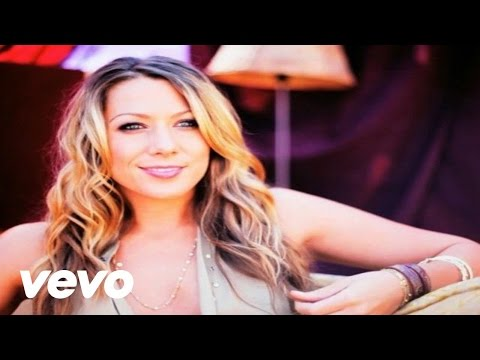 Colbie Caillat - Brighter Than The Sun (Behind The Scenes)