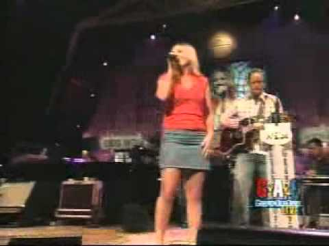 Lee Ann Womack - The Wrong Girl