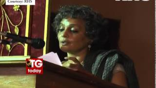 Arundhati - Arundhati Roy Speech on Gandhi in Kerala University