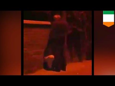 Warning: Explicit Language. Irish Police, Nakakita Ng Public Blowjob Sa Kalsada! video