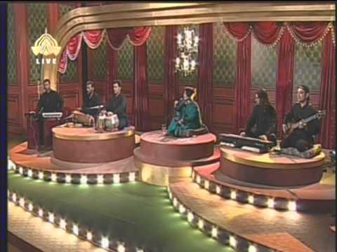 Mujhse Pahli Si  Mohabbat Mere Mehboob Na Maang video