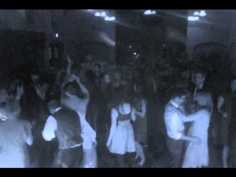 Quantum Music DJ Services at Guild Hall Wedding in Piedmont, Ca on Saturday March 31st, 2012. Video shows QMEP DJs range of mixing music from The Way You Loo...