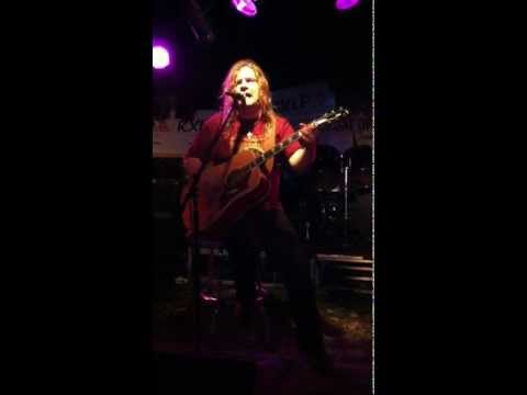Frank Hannon Live Hills of California Mankato Busters Bar 04/28/12