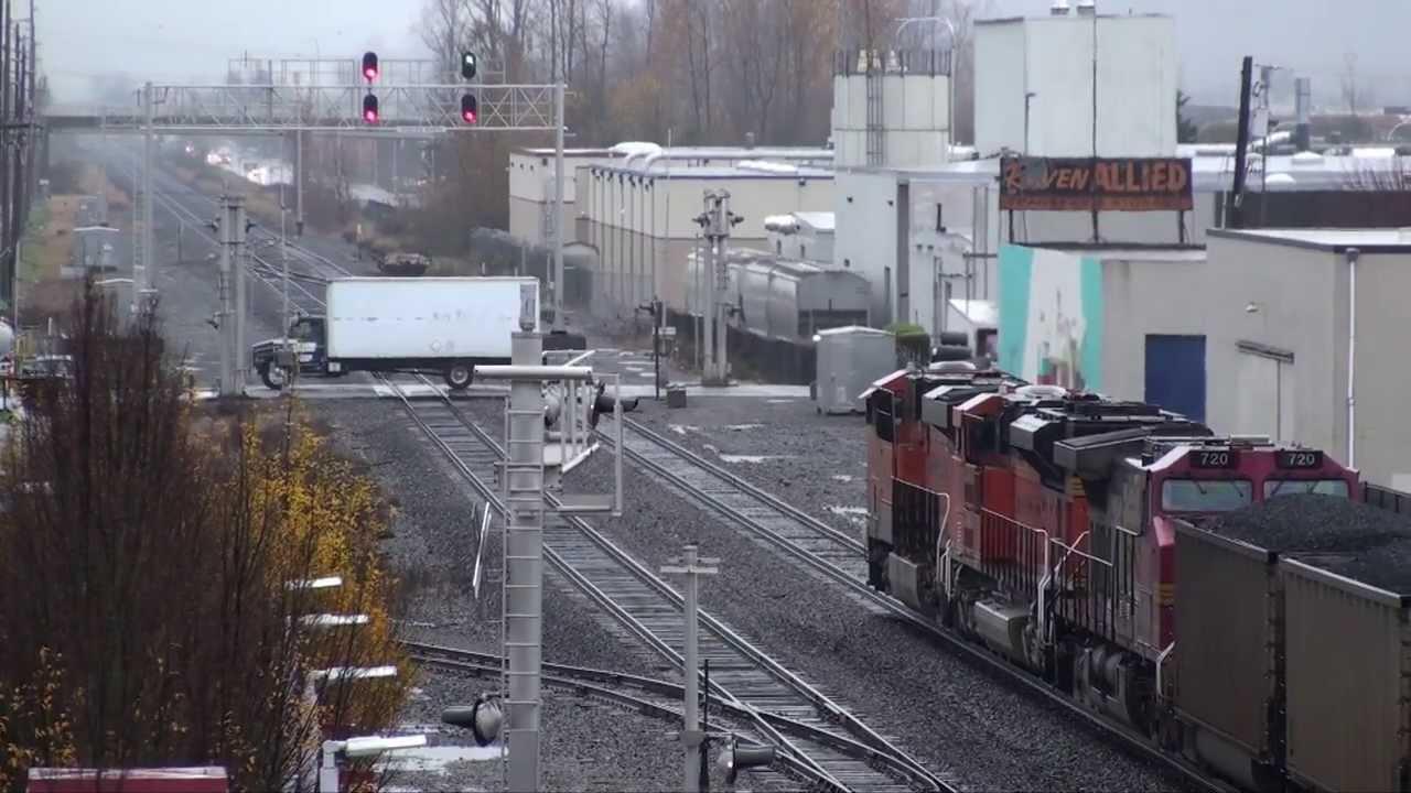 coal train in the rain in auburn  wa  11-18-2013
