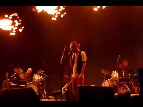 Radiohead - Cut A Hole