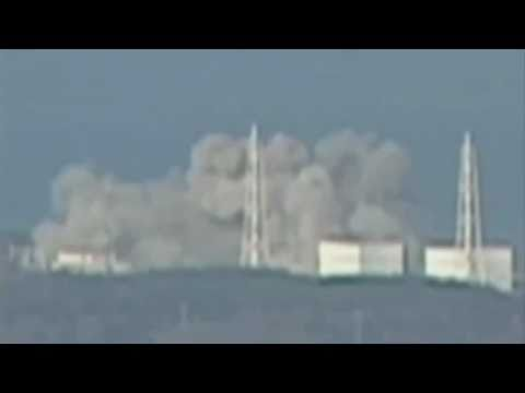 Fukushima reactor 1 explosion (HD March 12 2011 - Japanese nuclear plant blast)