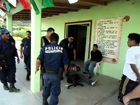 policias municipales vs policia federal en ixtepec oaxaca