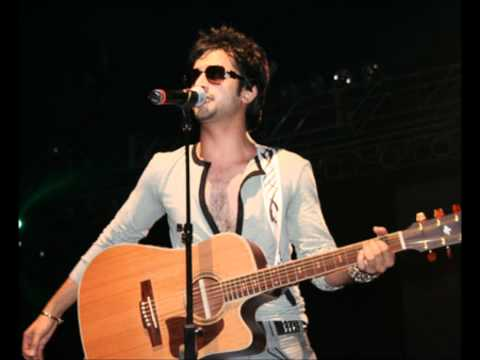 Kuch Is Tarah - Atif Aslam  New Remix 2012