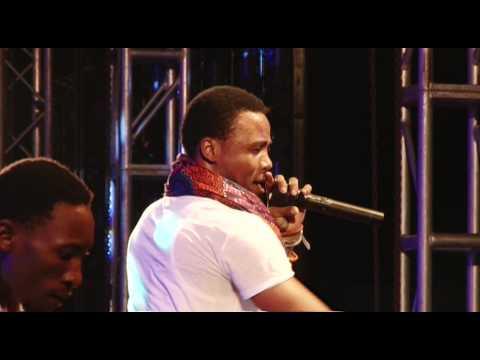 Alikiba Mwana Fiesta Performance 2014 Part I video