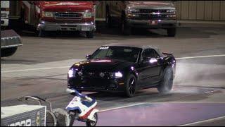 Mustang vs Mustang Coyote Drag Racing