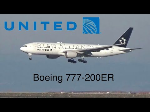 United Airlines *Star Alliance* Boeing 777-200 landing at San Francisco international airport