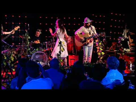 Angus and Julia Stone-mango tree- Live at the Basement-high definition