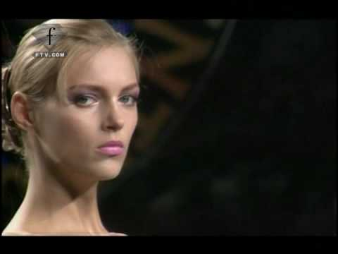 fashiontv I FTV.com -  Valentino - Summer 2009 - Paris Fashion Week