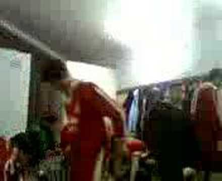 Halide Edip Adıvar Spor Kulübü soyunma odasında