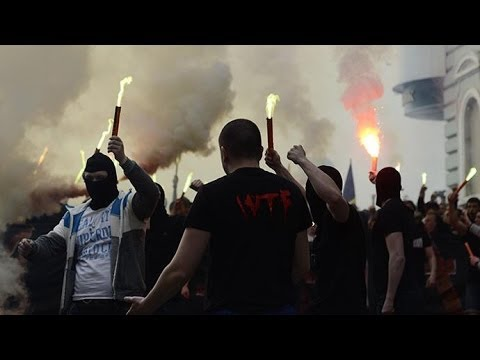 Fierce football ultras attack anti-govt protesters in eastern Ukraine