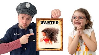 Download lagu Milasha plays a funny story of a police chase for children   Video with a doll for children