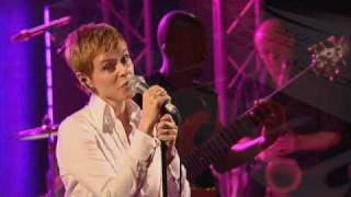 Lisa Stansfield (11/17) - Live Together
