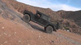 Hummer H1s offroad
