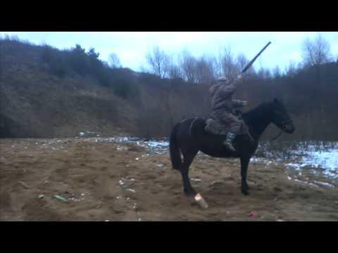 Стрельба верхом с лошади #1