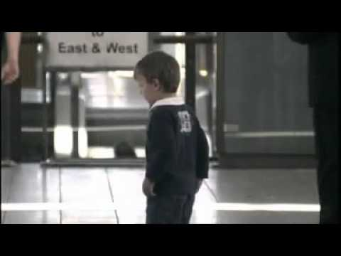 little boy lost his mum - quit smoking commercial
