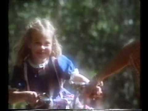 "Roosvicee Reclame '80 - ""Mama mag ik pompen"""