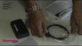 Raymarine i40 Bidata display instrument E70066 unboxing