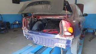 На фото - стапель для кузовного ремонта car-o-liner benchrack http://wwwinma