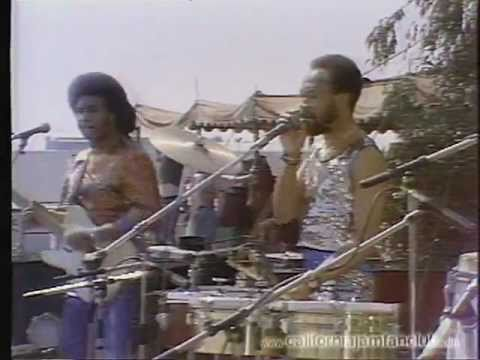 Earth Wind & Fire - Time Is On Your Side